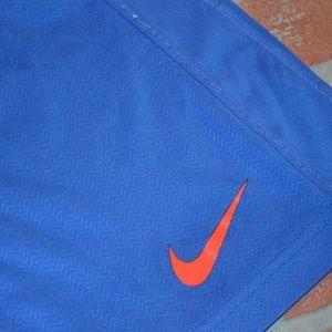 2847 Mens Nike Gym Shorts Basketball Size Small